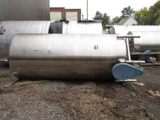 PERMA-SAN 2000 GALLON STAINLESS STEEL MIX TANK